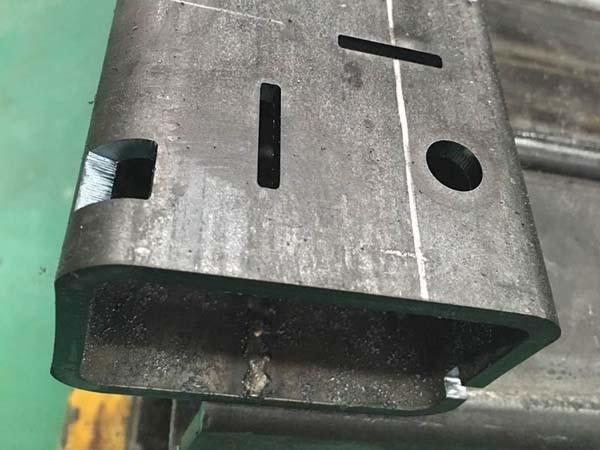 厚重金屬件激光切割展示